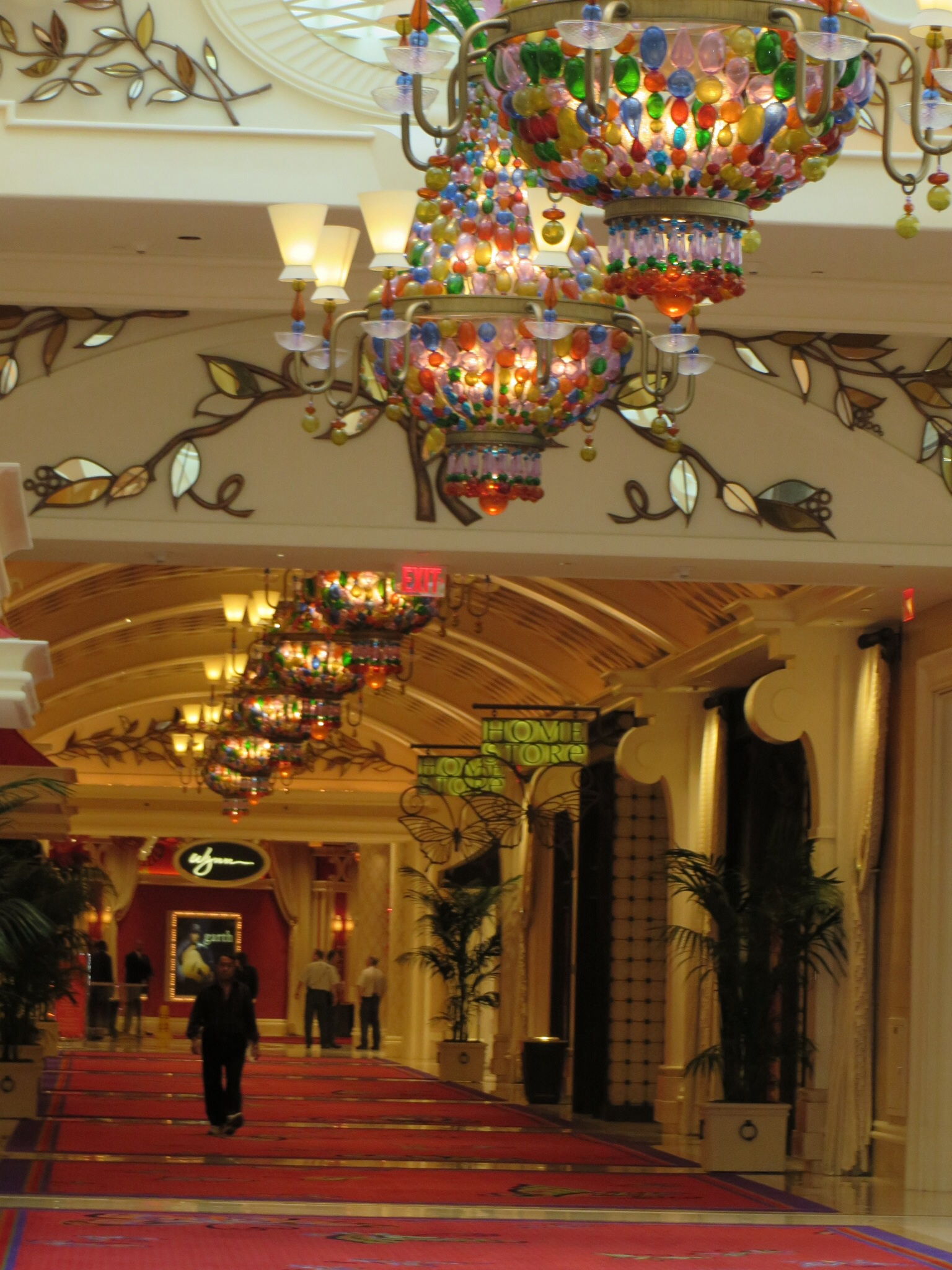 wynn and encore decor las vegas would buy again
